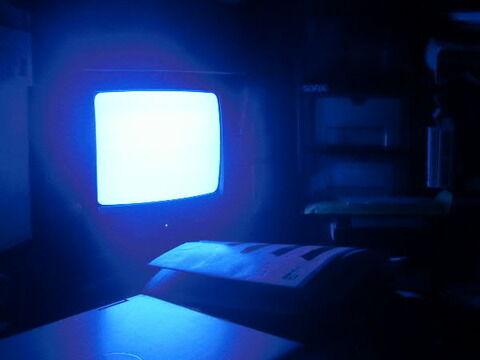 テレビをつけっ放しで寝てたら夢とテレビが同調するよね