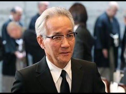 上岡龍太郎さん、弟子の死で公の...