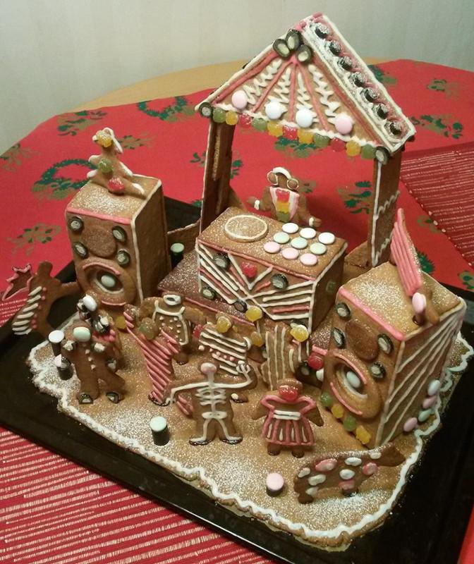gingerbread_house_DJbooth