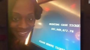 woman-wins-casino-machine-malfunction