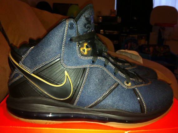 nike-lebron-8-denim-detailed-images-04