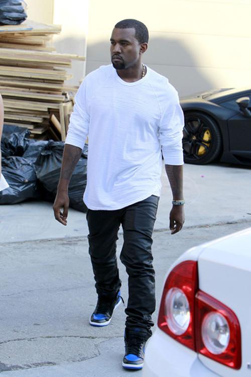 Kanye+West+Kim+Kardashian+Kanye+West+spotted+QTwW7UUtPFAl