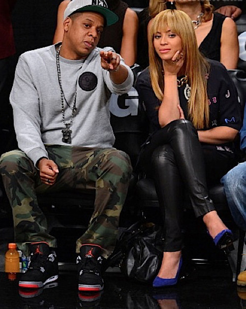 Beyonce-and-Jay-z-at-the-Nets-vs-Knicks-Game