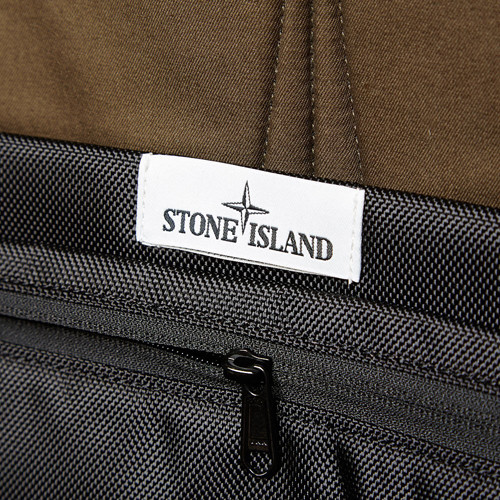 27-01-2014_stoneisland_backpack_black8