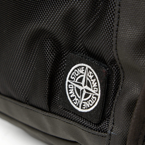 27-01-2014_stoneisland_backpack_black4