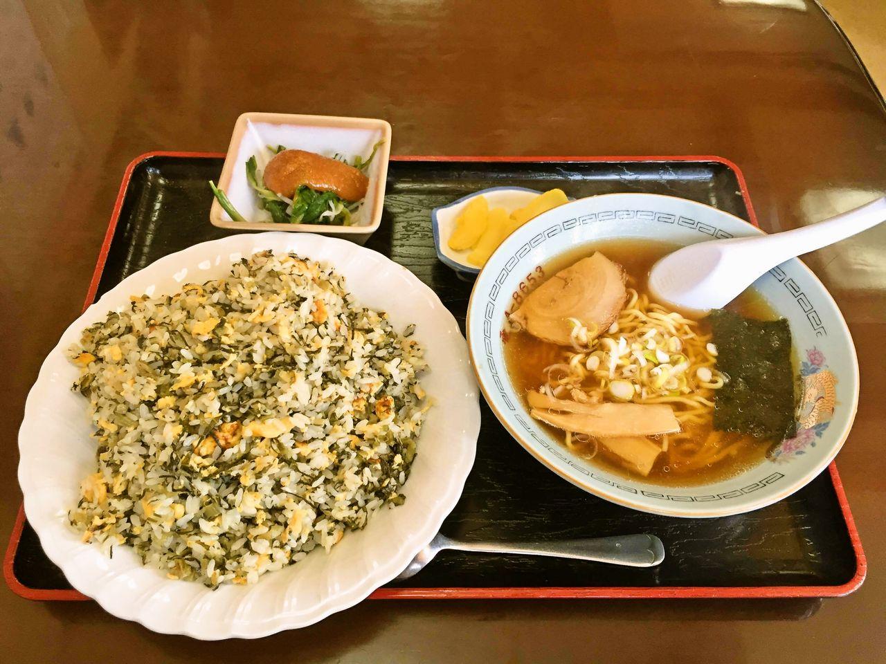 チャーハン 野沢 菜