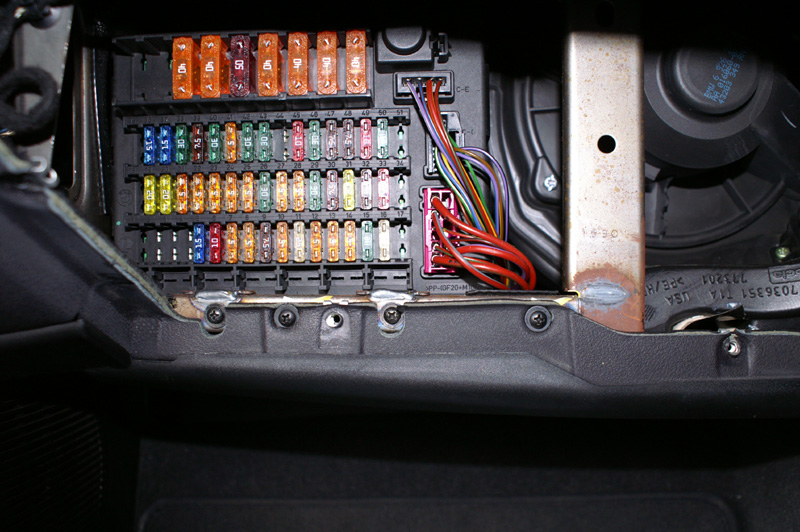 56e7e952 Bmw Fuse Box on vw thing fuse box, mercedes s500 fuse box, vw bus fuse box, volvo 850 fuse box,