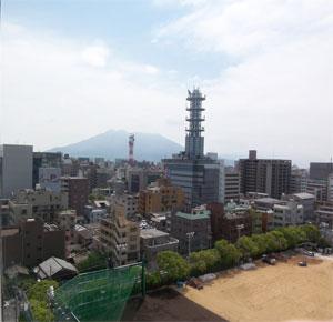 フローレンス加治屋町から桜島が見える眺め