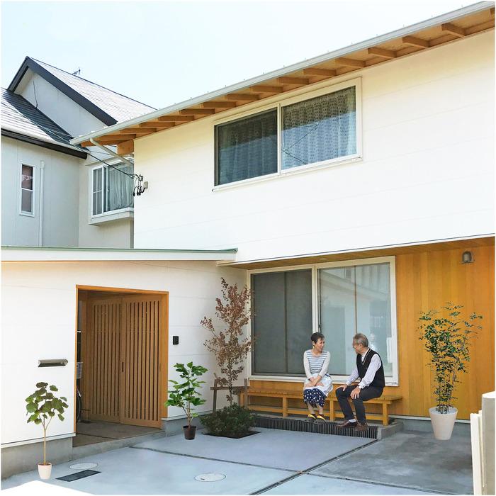 よし子さんの家白線1