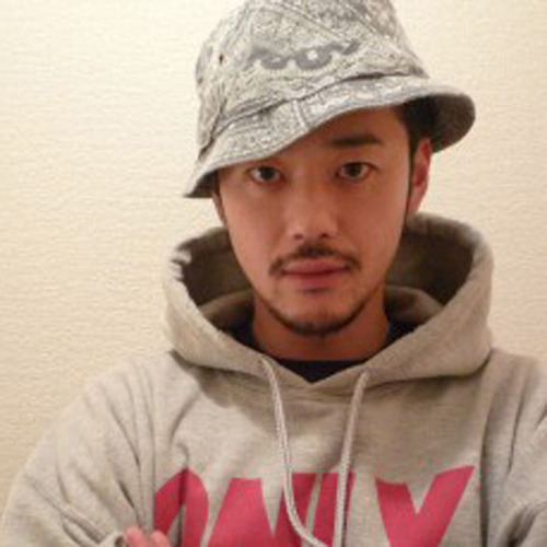 YUYA(Mad Chocolate-NYLON CREW)_web