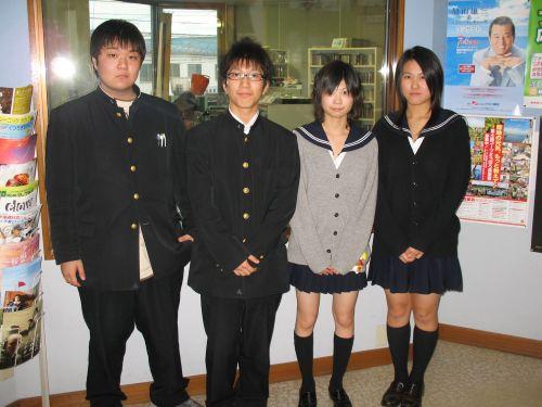 池田高等学校制服画像