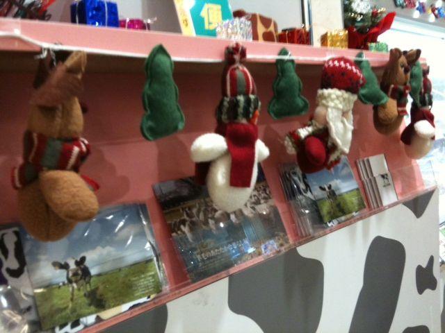 【クリームテラスエスタ店】レジ前クリスマスオーナメント
