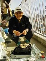 おじいたんも牡蠣食べにきたよ♪