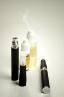 韓国LGのバッテリーが爆発! 韓国でも電子たばこ爆発