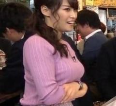 テレ東・鷲見玲奈アナ、着衣ロケット巨乳姿に男性ファン歓喜