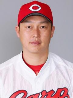広島カープの新井貴浩内野手が今季限りでの現役引退を表明