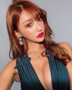 セクシー女優・明日花キララ、顔も体もバージョンアップ