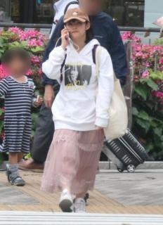"""""""AKB48の救世主""""矢作萌夏 同級生との熱愛ツーショットを入手"""