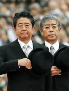韓国制裁、官邸決断か半導体原材料「フッ化水素」禁輸