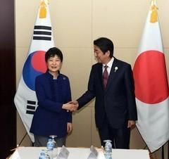 「安倍首相、首脳会談拒否するなら朴槿恵政権とそっくり」
