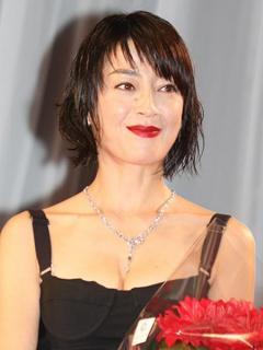 V6森田剛と宮沢りえが結婚 交際1年半で 封書でファンに報告