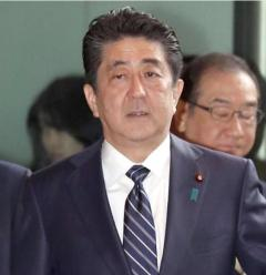 日本、韓国との首脳会談拒否か 文大統領「世界的に孤立」