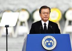 文大統領は「誰も相手にしない韓国」への道をひた走り…