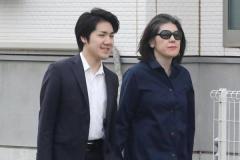 """小室圭さんの母の元婚約者が""""衰弱""""、スクープ合戦の弊害か"""