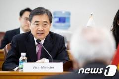 韓国次官「韓日首脳会談、6月に開催の可能性もある」