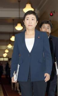 辻元氏、内閣不信任案提出を明言「一番嫌なときに出す」