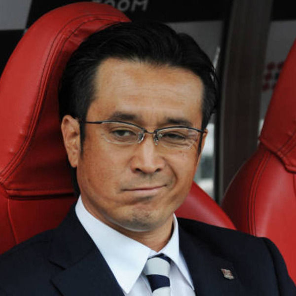 【浦和ファン憔悴】大槻監督の別れを惜しむ声「最後はオールバックで応援しようぜ」