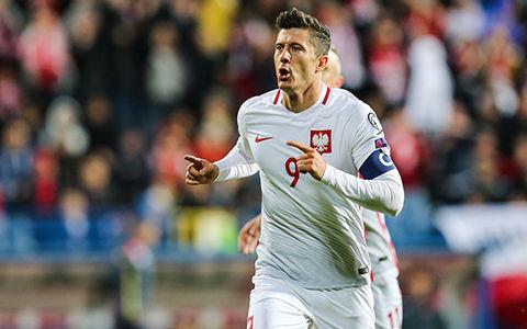 ポーランドのエースが止まらない。EURO含めて予選10試合連続でゴール