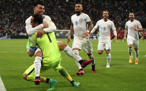 GKブラボがPK戦で驚異の3連続セーブ!…チリがポルトガル破り決勝進出
