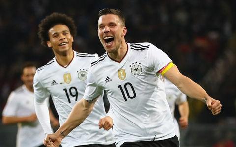 ポドルスキ、ドイツ代表引退試合で豪快左足弾に「素晴らしい映画のよう」