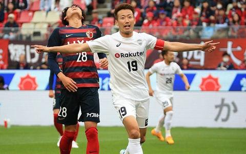 鹿島、立ち上がりの2失点に泣き今季4敗目…逃げ切った神戸が5試合ぶり白星