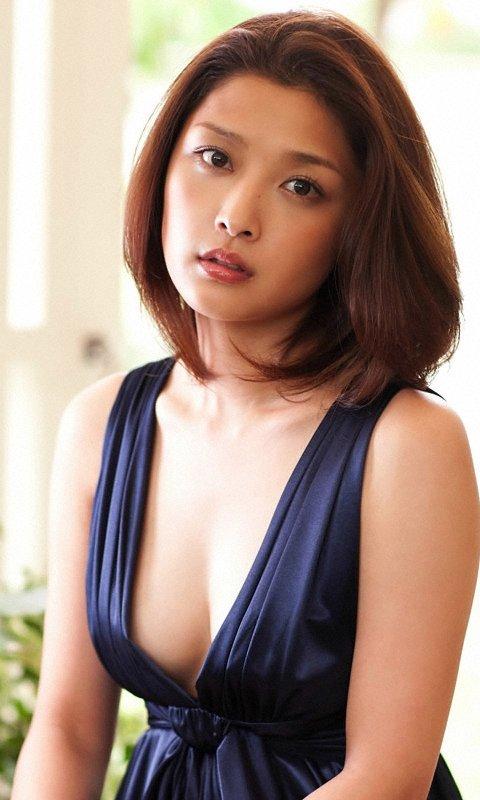 紺色ドレス石川梨華