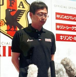 <岡田武史(FC今治オーナー)>代表落選告げた19年後のカズ称賛!「本当にすごい」「うちがJ2に行くまで待っててくれ」