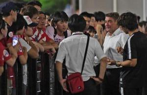 <浦和レッズのペトロビッチ監督>サポに連勝約束「新潟戦で勝って連勝できなければ、私が最初にチームを離れる」