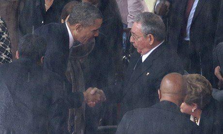 Barack-Obama-shakes-hands-008