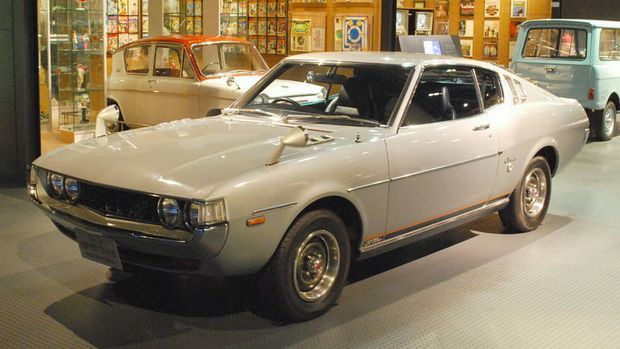800px-1973_Toyota_Celica_01