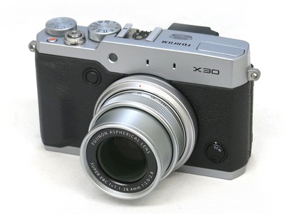 fujifilm_x30_silver_a