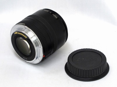 canon_ef_50mm_compact-macro_b