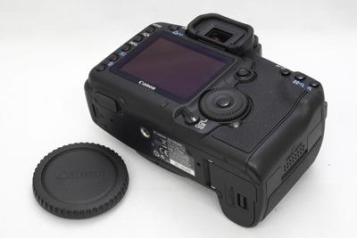 Canon_5D_MarkII_b