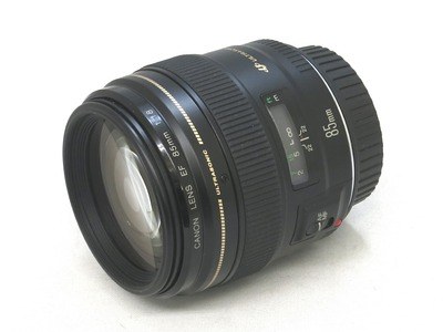 canon_ef_85mm_usm_a
