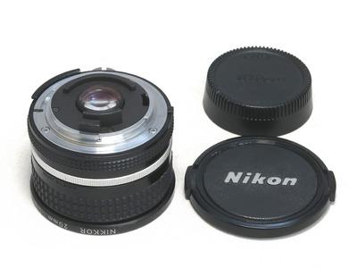 nikon_ai-s_nikkor_20mm_02