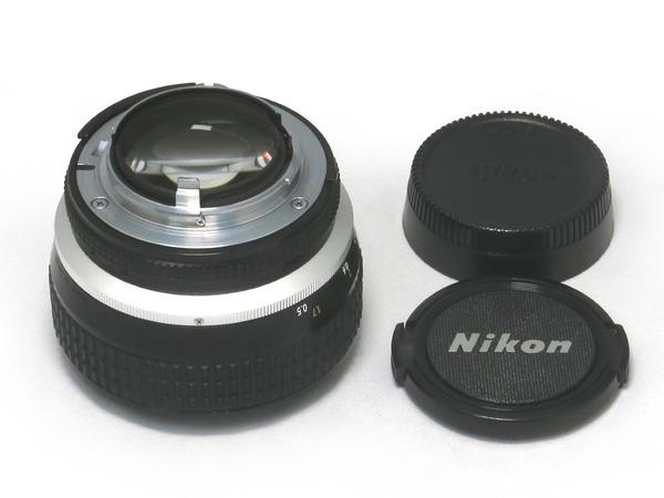 nikon_ai-s_noct-nikkor_58mm_03