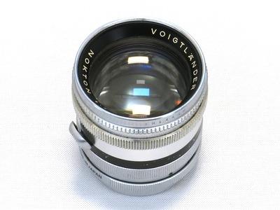 voigtlander_nokton_50mm_prominent_ms-pro_b