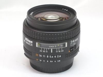 Nikon_AF_24mm_a