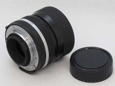 nikon_35-70mm_b