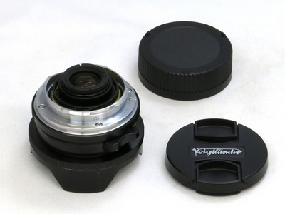 voigtlander_super_wide-heliar_15mm_aspherical_ii_vm_b